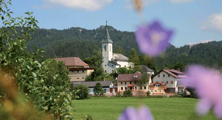 Ortsbild von Rohr im Gebirge
